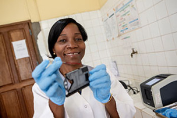 A practical tools and guidance to support countries as they introduce point-of-care (POC) HIV technologies